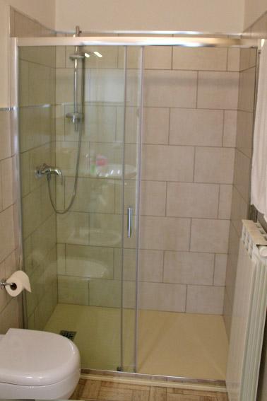Camera Ulivo - Particolare doccia