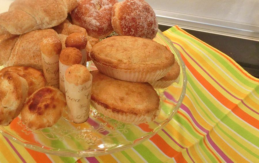 Colazione - Particolare dolci tipici